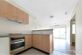 REDUCED RENT OF $300 per week  FOR FIRST 6 MONTHS & THEN $350PW FOR SECOND 6 MONTHS( FOR 12 MONTH LEASE)